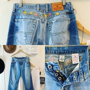 Lucky Brand embroidered easy rider buttonfly jeans